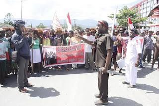 Barisan Merah Putih (BMP) di Wamena Demo Tolak KNPB dan ULMWP