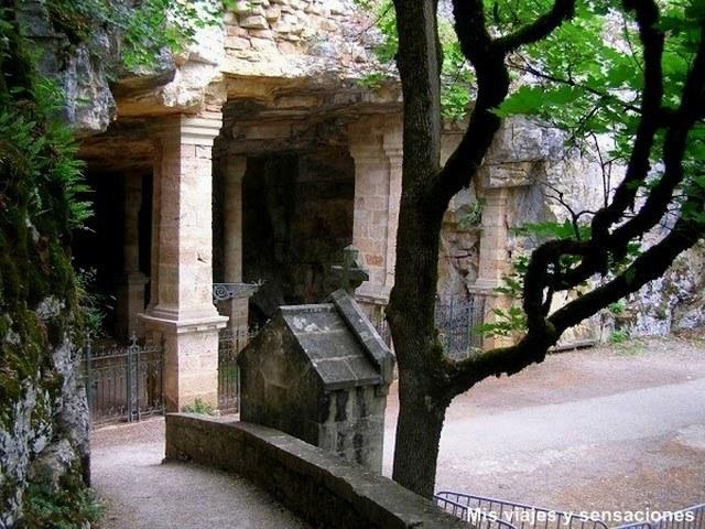 gruta de la natividad, Rocamadour, Lot, Francia