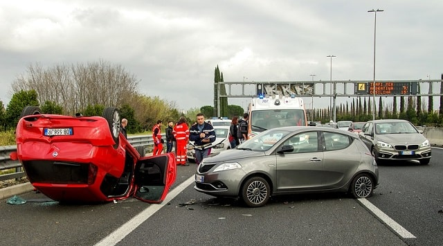 quick guide road accident claims car crash lawsuit insurance