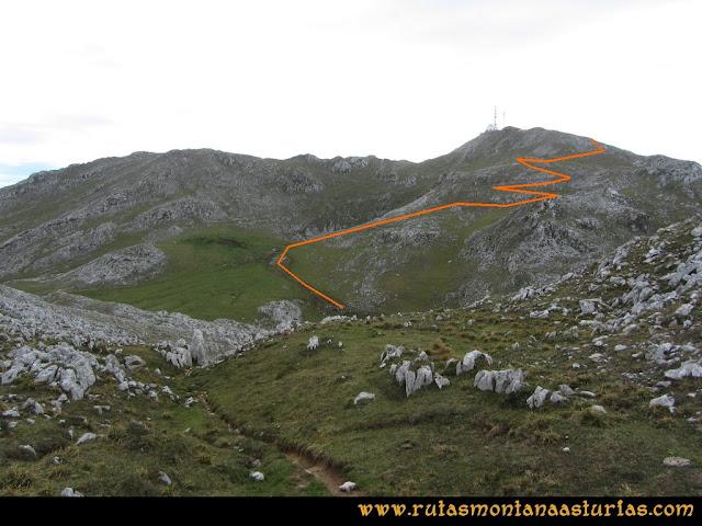 Ruta por el Aramo: Subida al Gamoniteiro