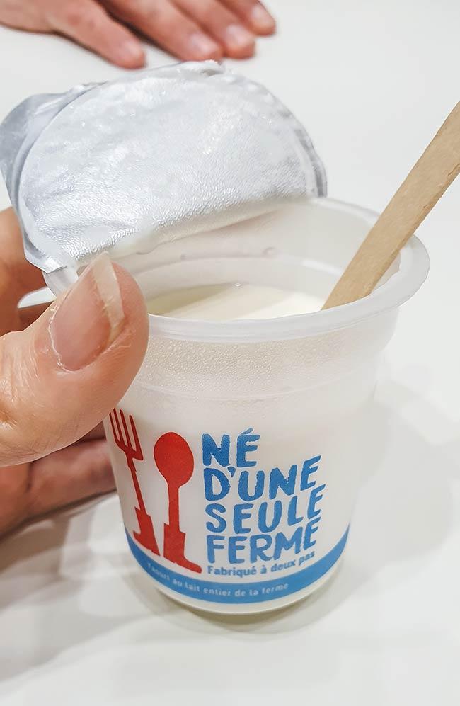 né d'une seule ferme yaourt