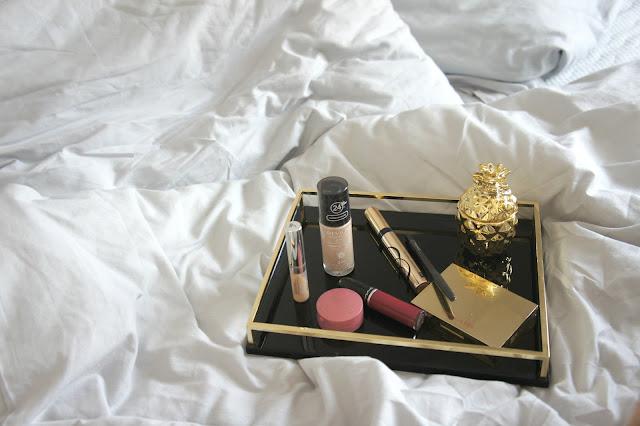 kosmetyki do makijażu rossmann