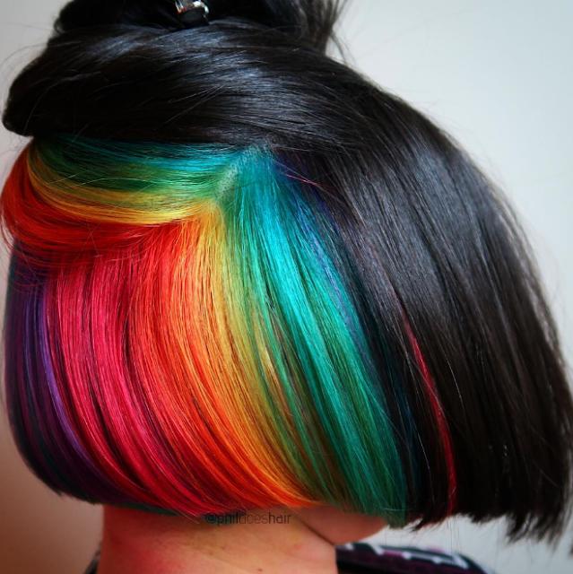 Cheveux «arc-en-ciel caché»