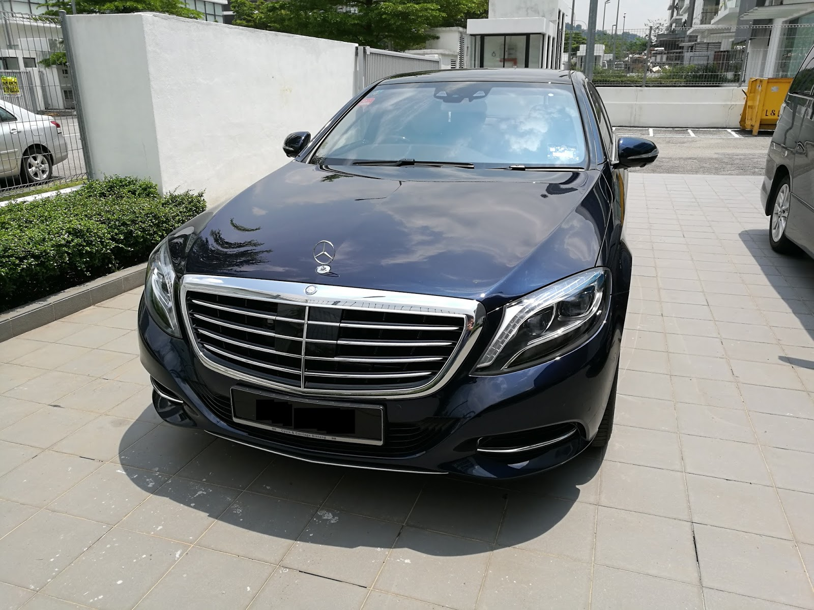When My Father First Drove The S400H Back, I Was Impressed By How High Tech  And Comfortable This Car Is. There Are A Lot More Gadgets And The Seats Are  Very ...