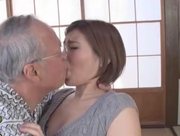 cewek jepang ngentot dengan kakek kakek