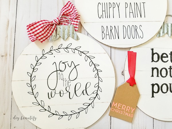 shiplap ornaments