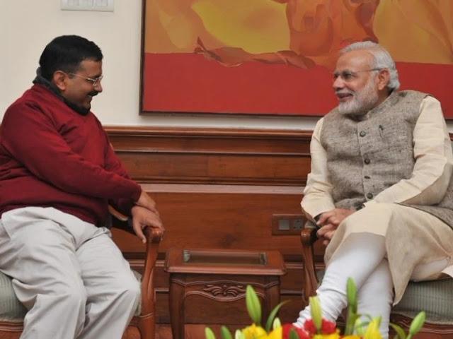 केजरीवाल मिले मोदी से, दिल्ली के हालात पर हुई चर्चा