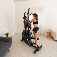 Stepping & climbing action on the Sole CC81 Cardio Climber, image