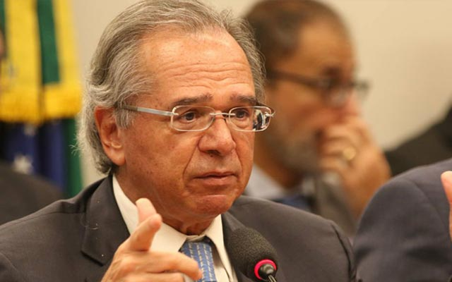 Guedes diz que renuncia se 'reforminha' for aprovada: 'Vou morar lá fora'