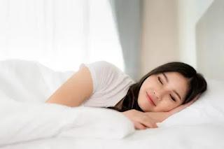 Yang Dapat Terjadi Pada Kulit Jika  Tidur Tanpa Bantal
