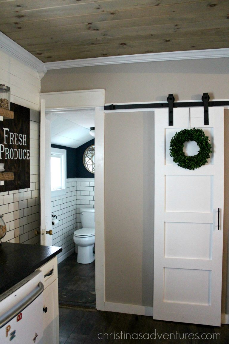 DIY barn door designs and tutorials from Thrifty Decor Chick