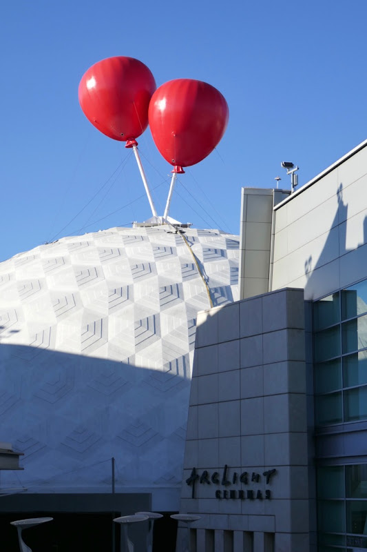 IT Chapter 2 balloons ArcLight Hollywood Cinerama Dome