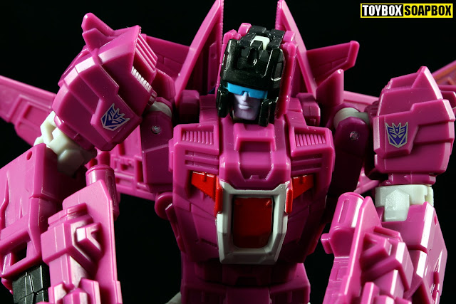 Titans Return Misfire head