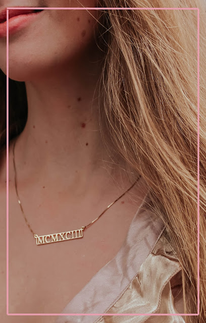 oNecklace gold roman numeral personalised necklace