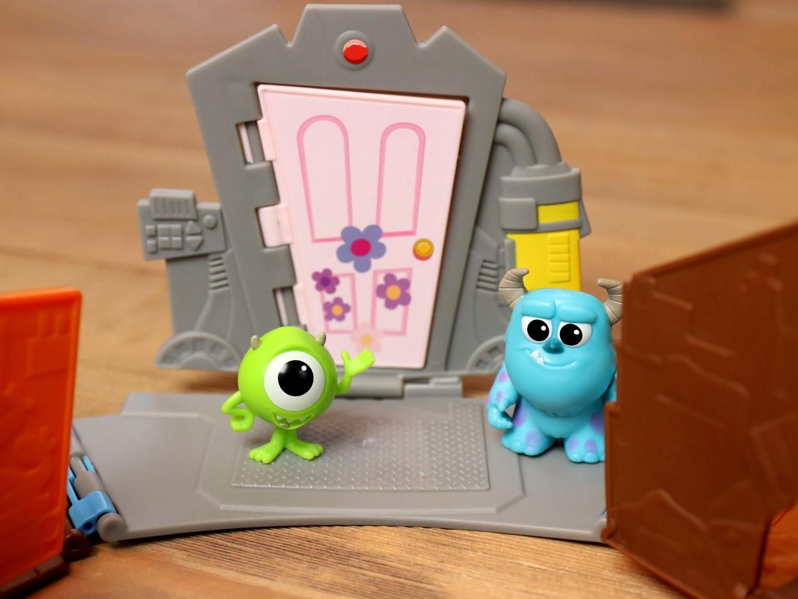 "Mattel Pixar Minis ""World of Pixar Playset"" Review"