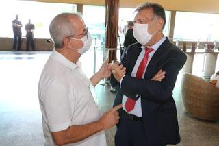 Padre Joselito participa do Encontro de Novos Gestores Municipais promovido pela Amupe, em Gravatá