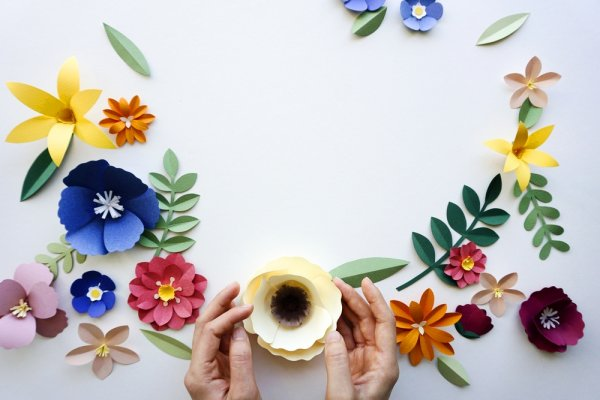 10 Ide Kreatif Kerajinan Tangan Dari Kertas dan Cara Melipatnya