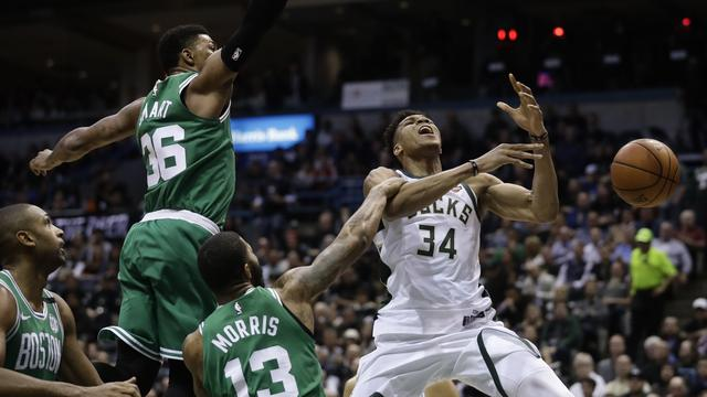 https://www.liga365.news/2018/04/duel-milwaukee-bucks-vs-boston-celtics.html