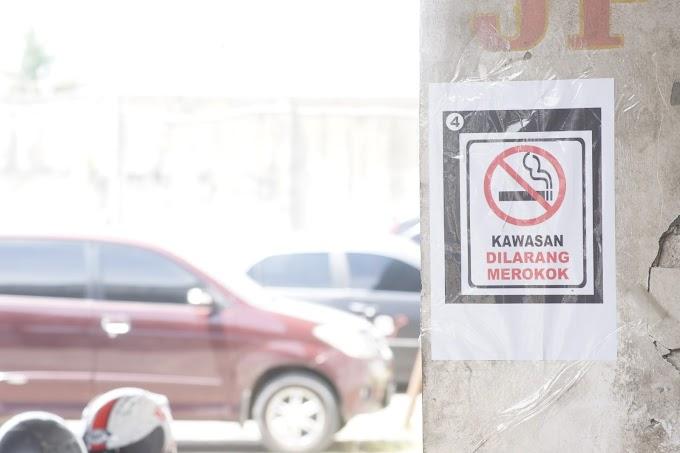 Kawasan dilarang merokok...!