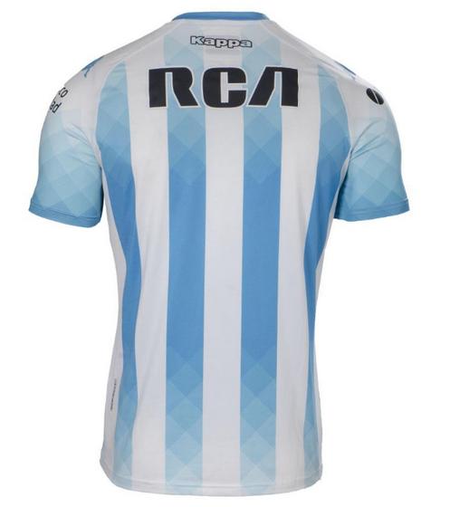 8a93249193521 Calzón y medias blancas con detalles celestes completan el Camiseta Racing  Club 2019 2020 para juegos como mandante de  La Academia .