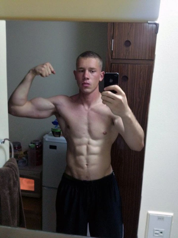 strong-sexy-masculine-shirtless-russian-guys-flexing-biceps-abs-selfie