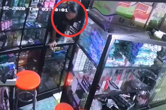 Kepergok Pembeli Saat Akan Mencuri di Toko, Remaja di Bone Pura-pura Jadi Penjual