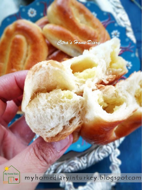 Turkish Breakfast bread with potato filling / Patates Poğaça
