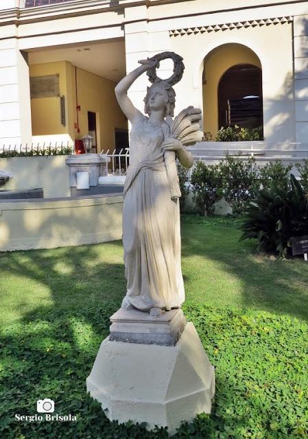 Close-up da Escultura Démeter - Museu da Imigração - Mooca - São Paulo