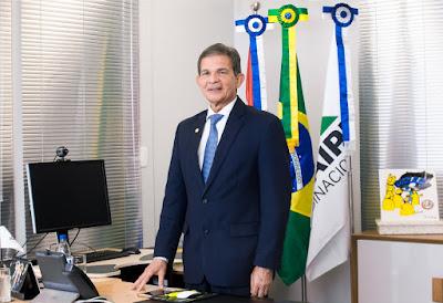 Rumo a Presidência - Silva e Luna é oficialmente eleito conselheiro da Petrobrás.
