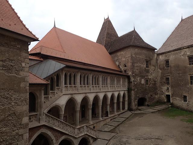 Twierdza w rumuńskiej Hunedoarze