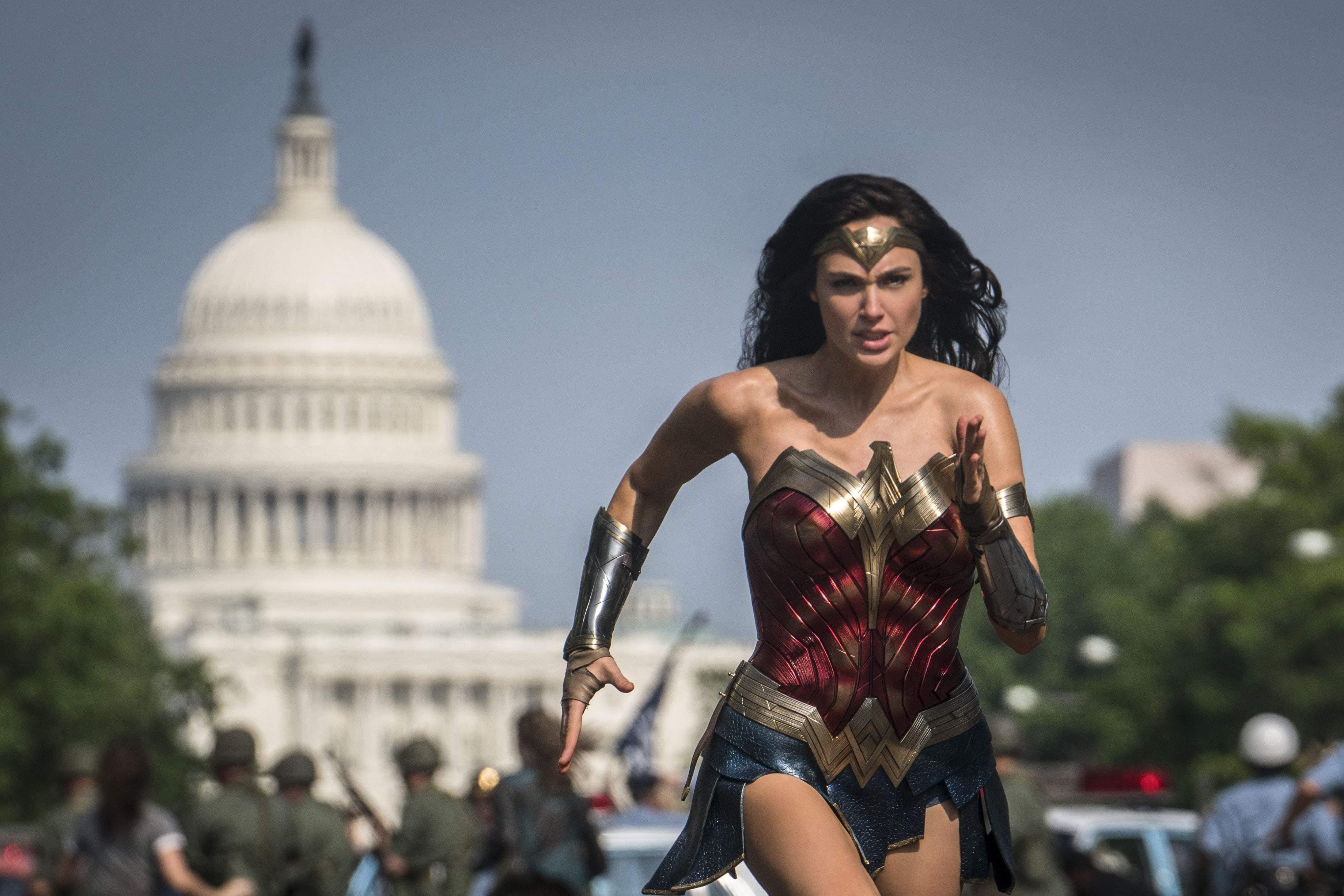 Wonder Woman 1984 : ガル・ガドット主演の戦うヒロイン映画の第2弾「ワンダーウーマン 1984」で、ダイアナが女同士対決をする半獣半人のチータのイメージがわかったかもしれないプロモ・アート ! !