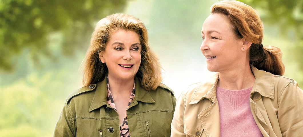 O Reencontro, filme de Martin Provost, estreia nos cinemas com Catherine Deneuve e Catherine Frot. Veja 3 motivos para assistir. | Cinema francês