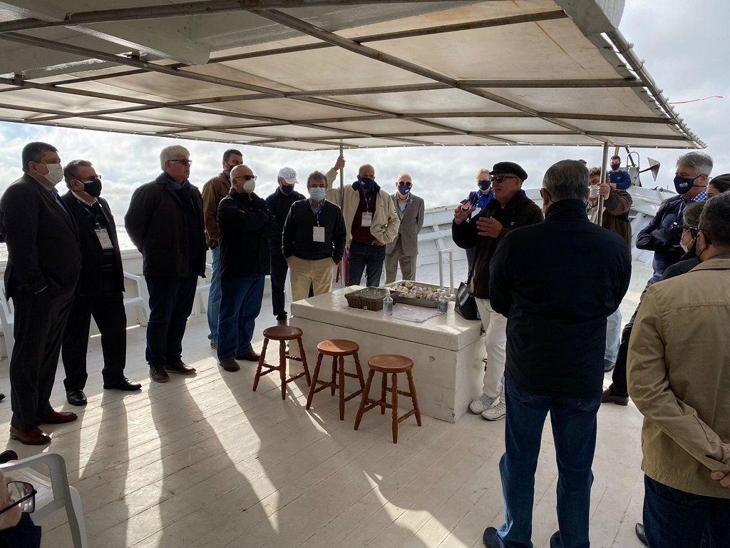 Visita a bordo do barco-escola Flor do Mar marca abertura do Sul Export 2021