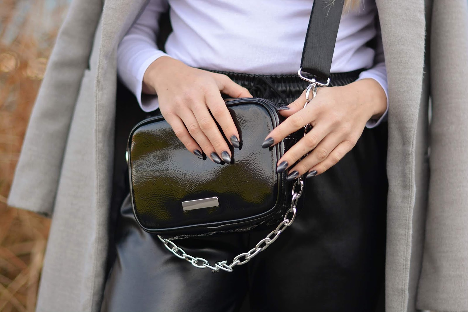 torebka z łańcuchem