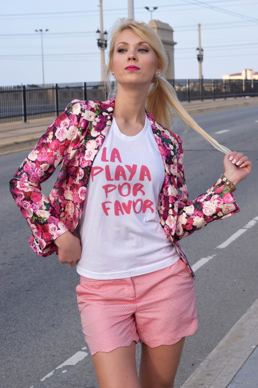 Qtee, customize shirt, customize, fashion designer, graphic tee, pink, kate spade, Sophia Webster, sparkling boots, rose blazer, la playa por favor
