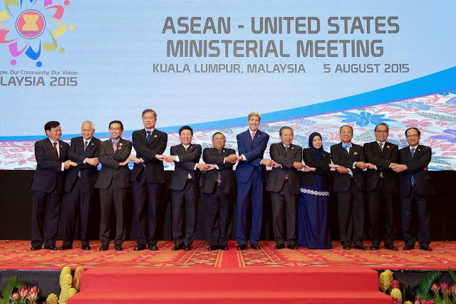 Mendirikan ASEAN (1967)