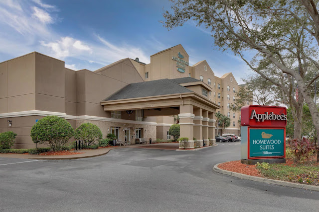 Book a stay at the Homewood Suites Orlando-Maitland hotel where guests enjoy included breakfast, evening social Monday - Thursday and internet access.