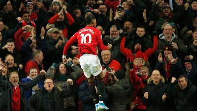 Video Cuplikan Gol: Manchester United 2-1 Tottenham Hotspur Premier League)