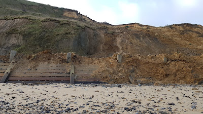 Cliff fall trimmingham beach on January 26th, 2020, image 1