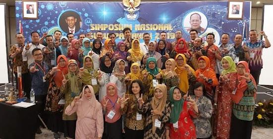Pemakalah di Simposium Nasional guru IPA 2021