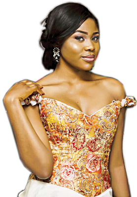 Former Miss Imo state Stephanie Korie slapped by a Nigerian soldier