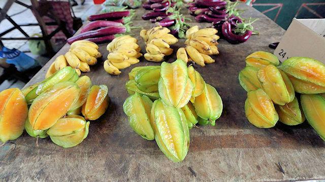 Seychellen Obst, Sternfrüchte (C) JUREBU