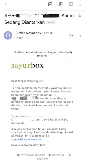 Email dari Sayurbox yang berisi pemberitahuan bahwa pesanan sedang dikirimkan