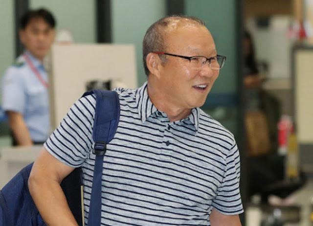 HLV Park nói gì về việc gia hạn hợp đồng, tăng lương?