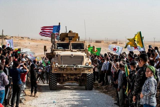 Οι δυνάμεις των ΗΠΑ αποσύρθηκαν από τη μεγαλύτερη βάση τους στη βόρεια Συρία