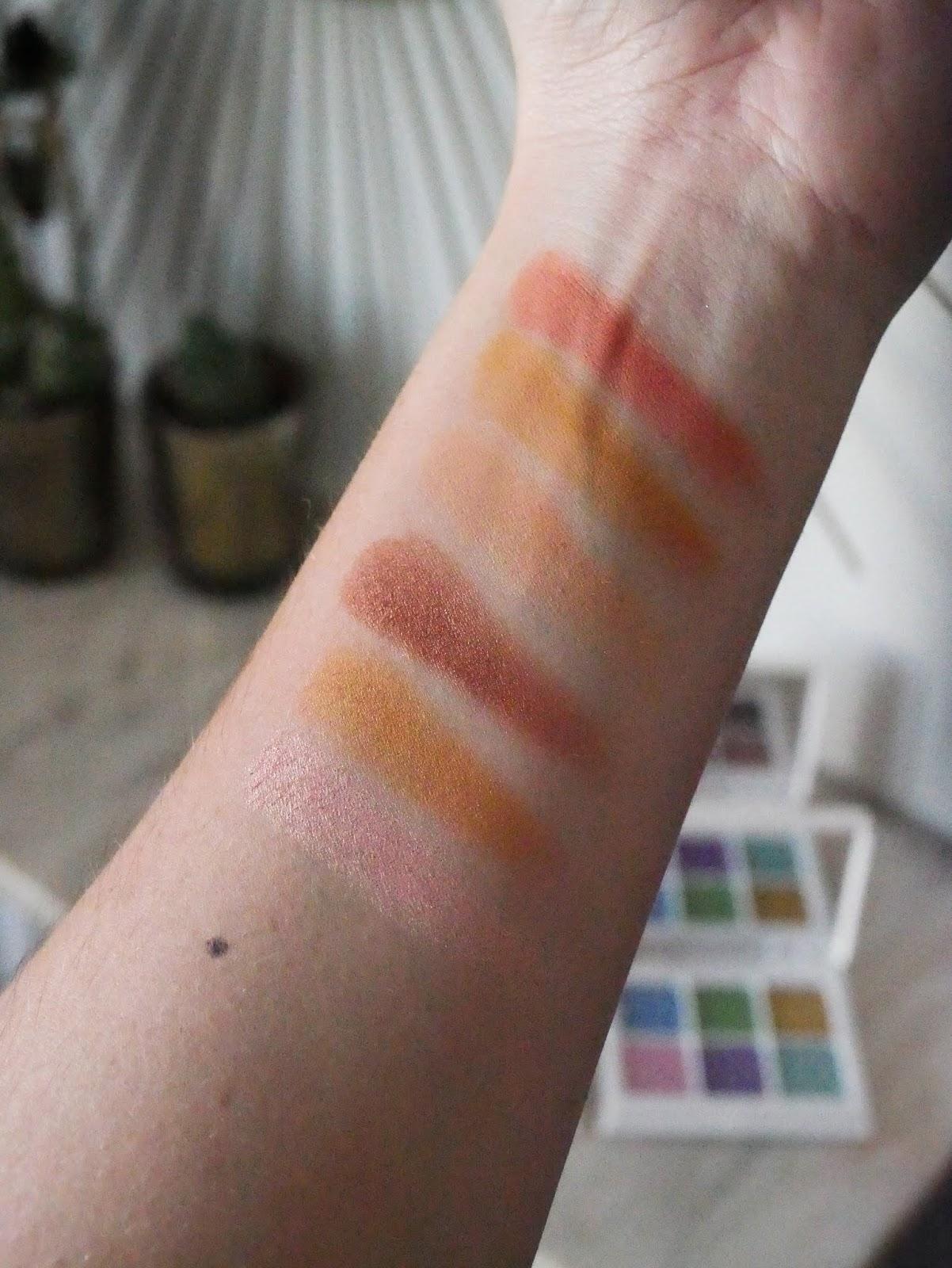 Fenty Beauty Snap Shadows peach