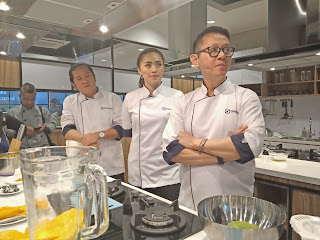 3 chef ikon electrolux di dapur unik