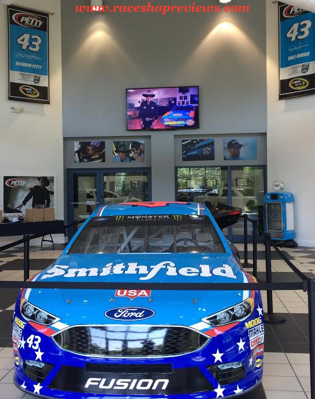 Race shop reviews richard petty motorsports for Star motors mooresville nc