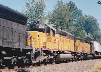 Union Pacific SD40-2 #3258 at Hampton, Oregon, on July 20, 1997