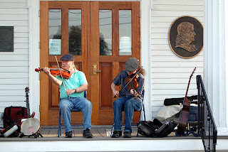 FiddlingThomsons at 2016 Franklin Cultural Festival